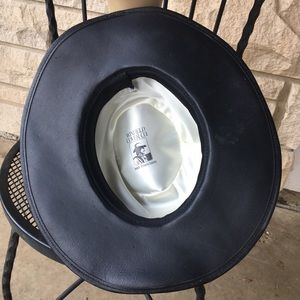 Vintage Accessories - vintage winfield cover black leather & suede hat